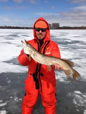 ice-fishing-pike